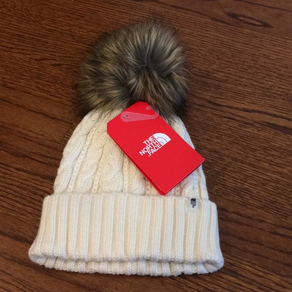 d8e14e46862a3 The North Face Oh Fur Mega Pom beanie NWT perfect
